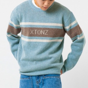 [엑스톤즈 니트] XTONZ - RAY LOGO WOOL KNIT (LIGHT BLUE)