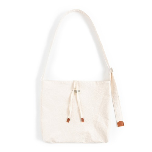 [와일드브릭스] WILD BRICKS - COTTON CRINKIE CROSS BAG (ivory)